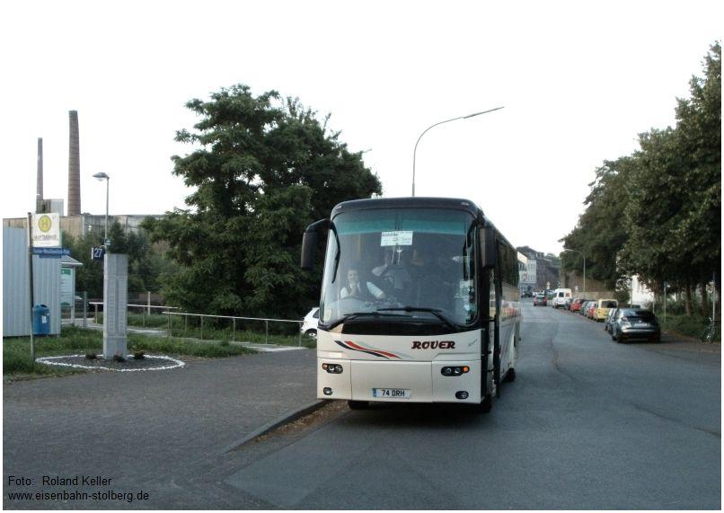 2016_07_07_Stolberg_Hbf_engl_Reisebus_Trainspotters_x1_F