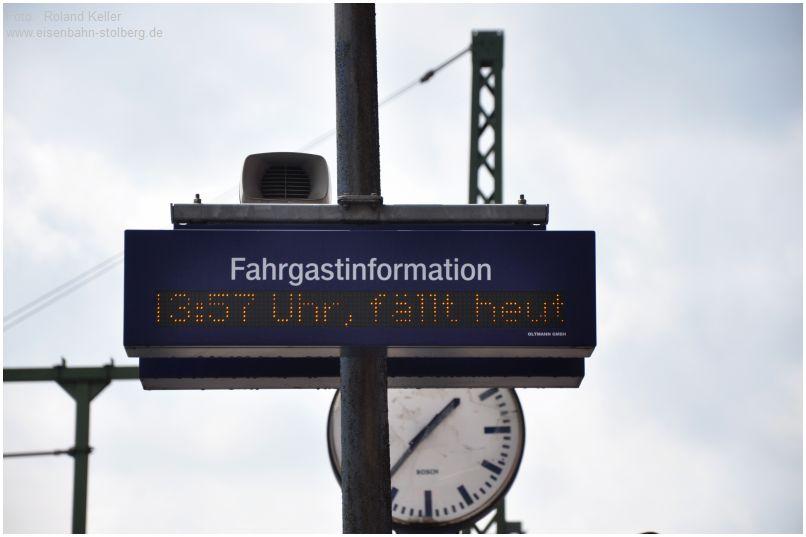 2016_07_31_Stolberg_Hbf_Fahrgastinfo_Zugausfall_RE1_x2_F