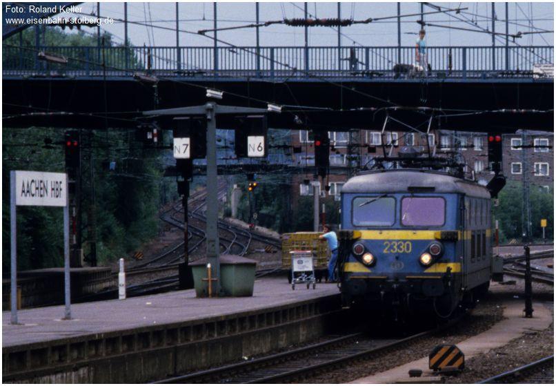12_1986_08_04_AachenHbf_SNCB2330_x1F3_F