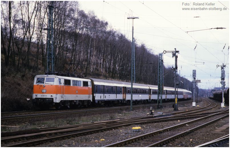 1_1986_04_21_Stolberg_Hbf_111161_SNCF_Waggons_1973_x16AF4_F
