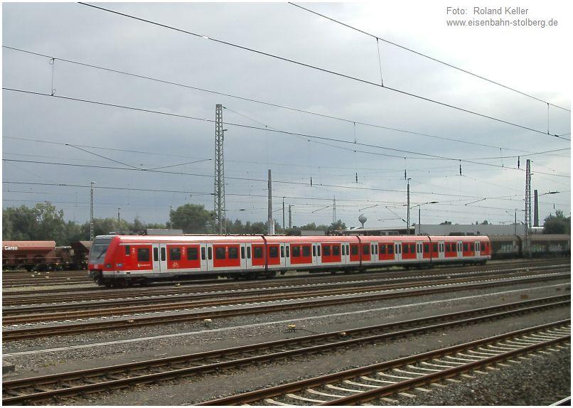 2016_08_05_Stolberg_Hbf_423078_S_Bahn_Muenchen_x3_F