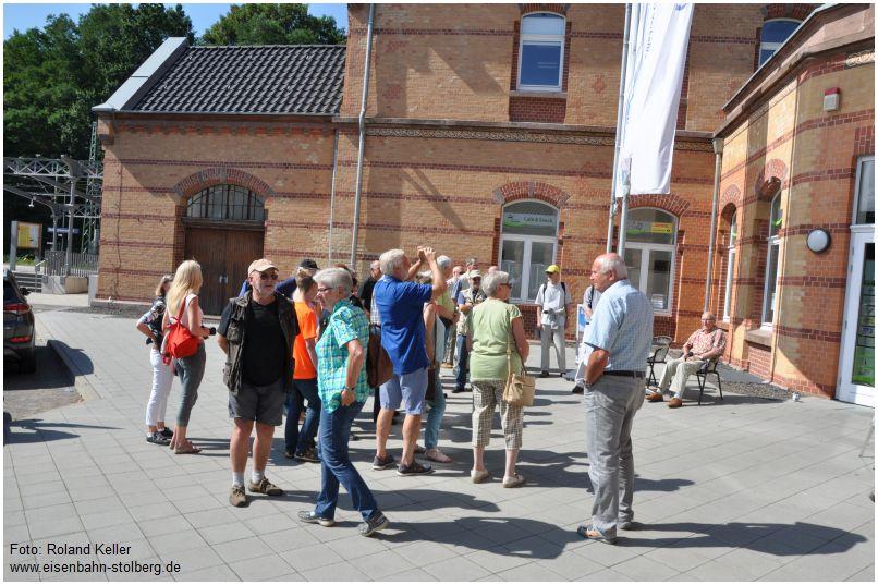 2016_08_16_Stolberg_Hbf_AZ_Besuchergruppe_x4_F