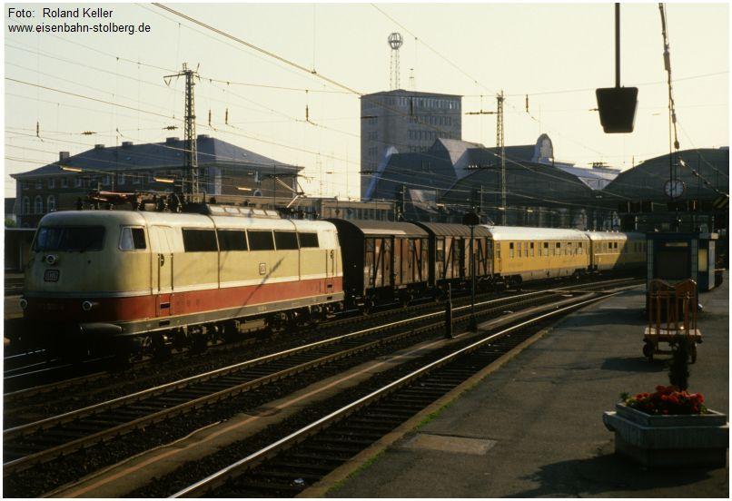 8_1986_06_xx_Aachen_Hbf_103001_Messzug_1978_x25_E_F4_F