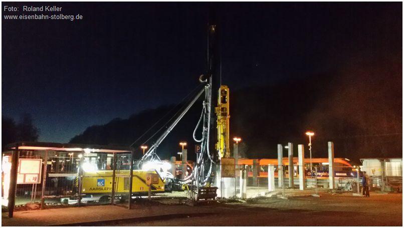2016_12_08_stolberg_hbf_parkhausbau_einrammen_von_betonpfeilern_x1_f