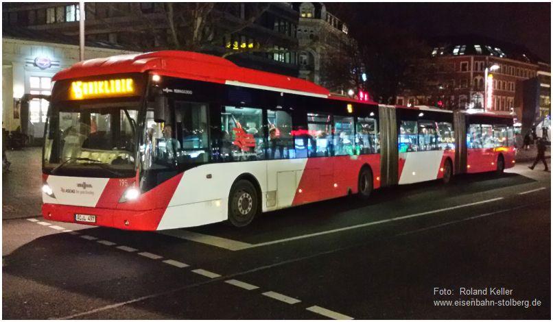 2016_12_13_aachen_elisenbrunnen_vanhool_doppelgelenkbus_x3_f