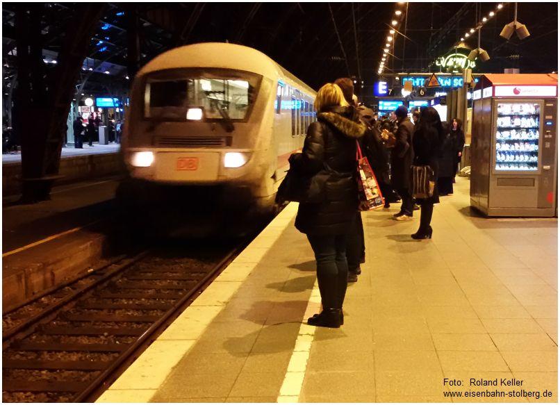 2016_12_13_koeln_hbf_einfahrt_ic2319_x2_f